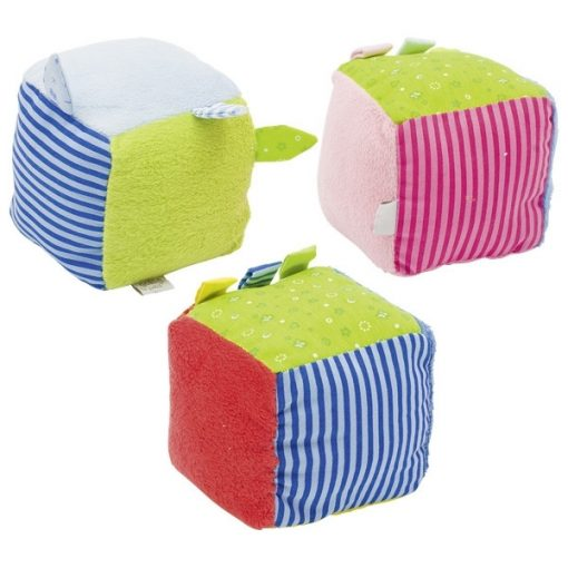Kocka csörgővel, puha textil - GOKI GK65149